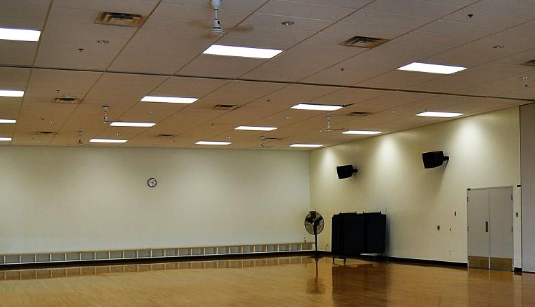 LED osvětlení pro haly